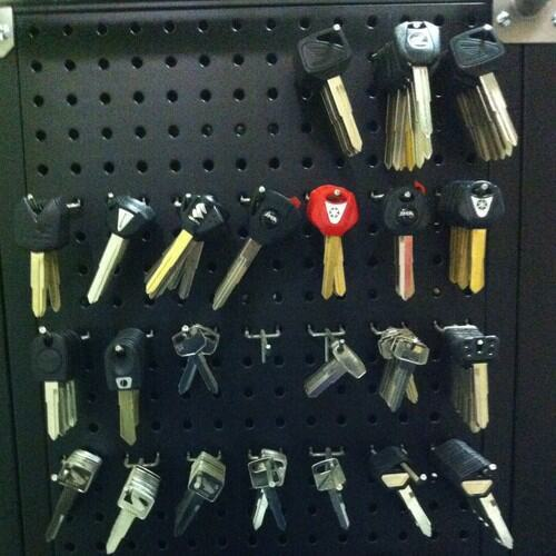 Supply Cutting And Copying Of Chipped/coded Ducati Panigale Motorcycle Key